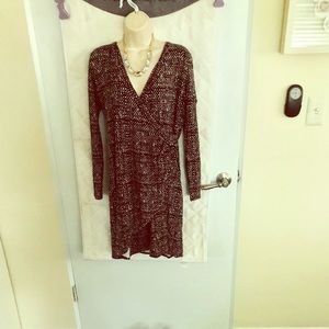 Multi color back with brown v-neck dress from gap
